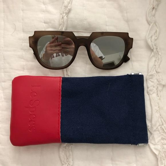Le Specs Accessories - Le Specs